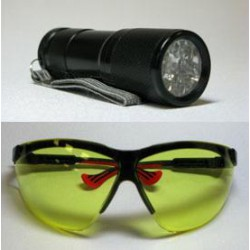 LED UV Flashlight and...